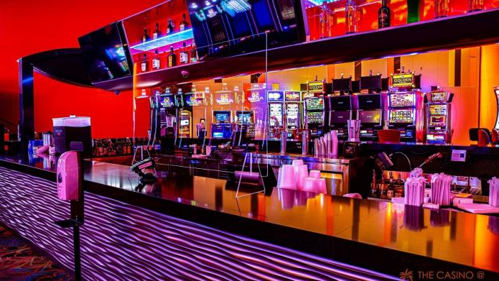 Online Slot Machine Far From Las Vegas